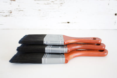 Short Handle Furniture Chalk Paint Brush - synthetic bristles to reduce brush strokes - contain no animal products