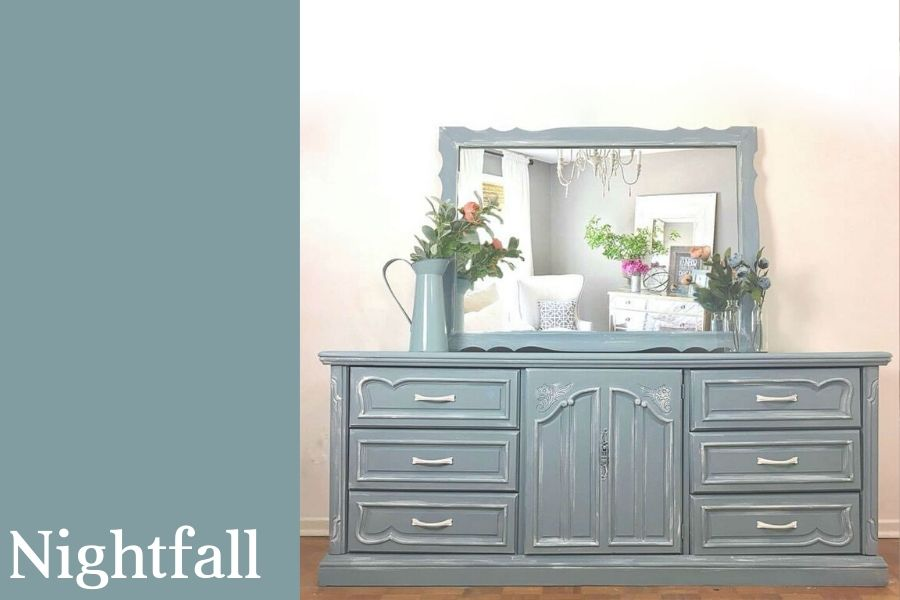 Chalk Style All-In-One Paint | Nightfall