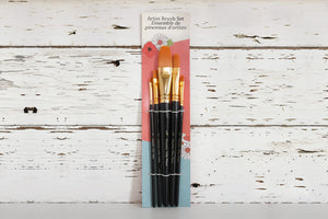 Country Chic Paint Artist Brushes - set of 5 synthetic bristle artist brushes for adding details to your painted furniture or creating unique works of art. Perfect for use with Country Chic Paint's eco-friendly All-in-One Decor Paint