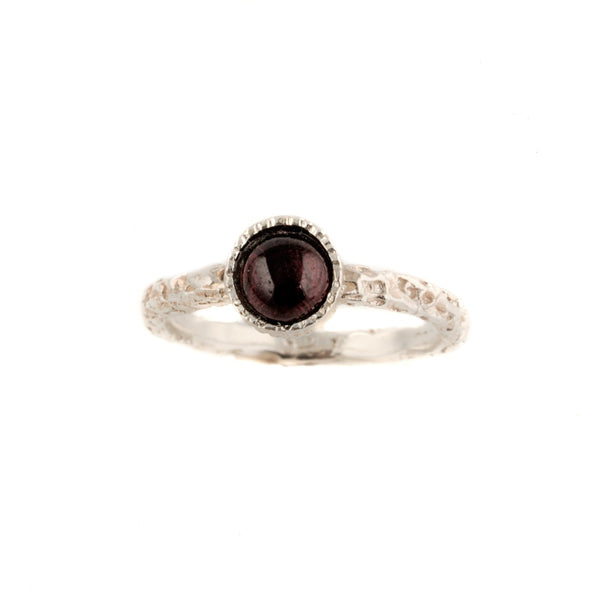 Dainty Textured Sterling Silver Ring with Garnet Stone