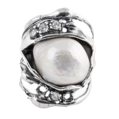 Big Pearl Party Sterling Silver Ring