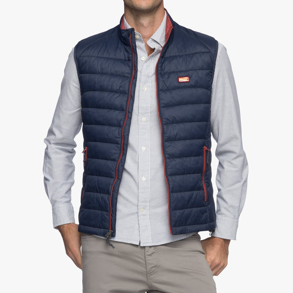 Johnnie-O Hudson Lightweight Quilted Vest in Wake