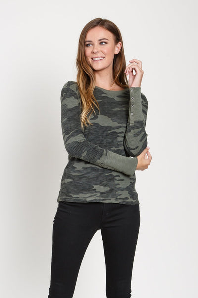 Dylan Camo Waffle Solid Button Cuff in Green