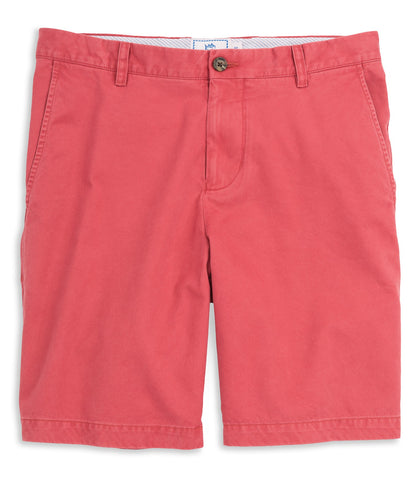 "Southern Tide 9"" Skipjack Short in Charleston Red"