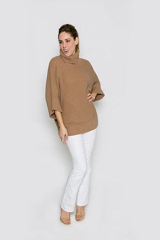 Two Bees Cashmere Cape in Camel