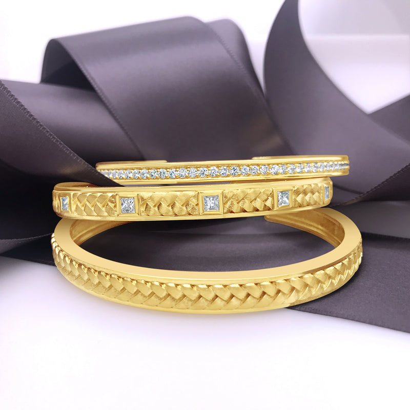 products/diamond-herringbone-open-back-cuff-bracelets-18k-yellow-gold-60103.18_3e9d596c-df72-464a-9fd9-4fd3015e6ca9.jpg