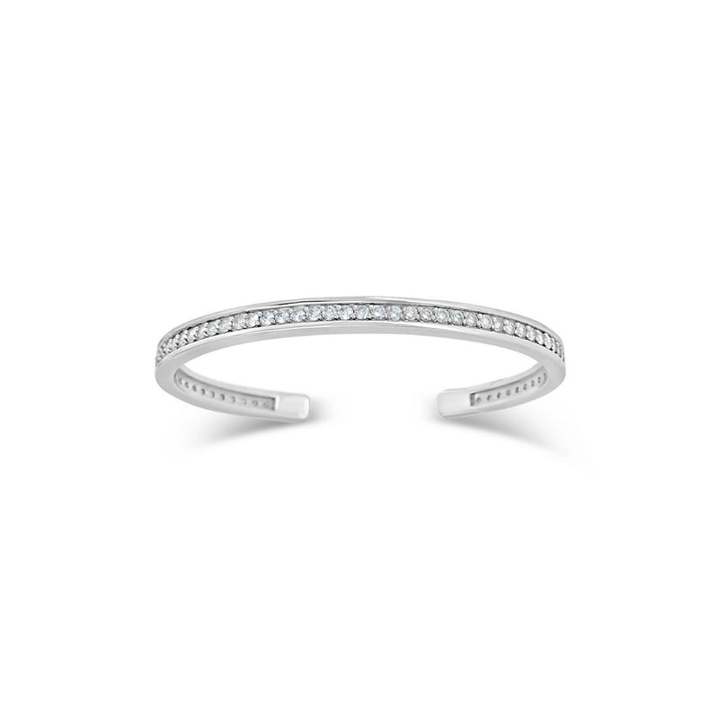 products/white-gold-diamond-tennis-bracelet.jpg