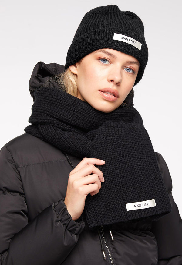 Wynn Hat & Scarf Set Black