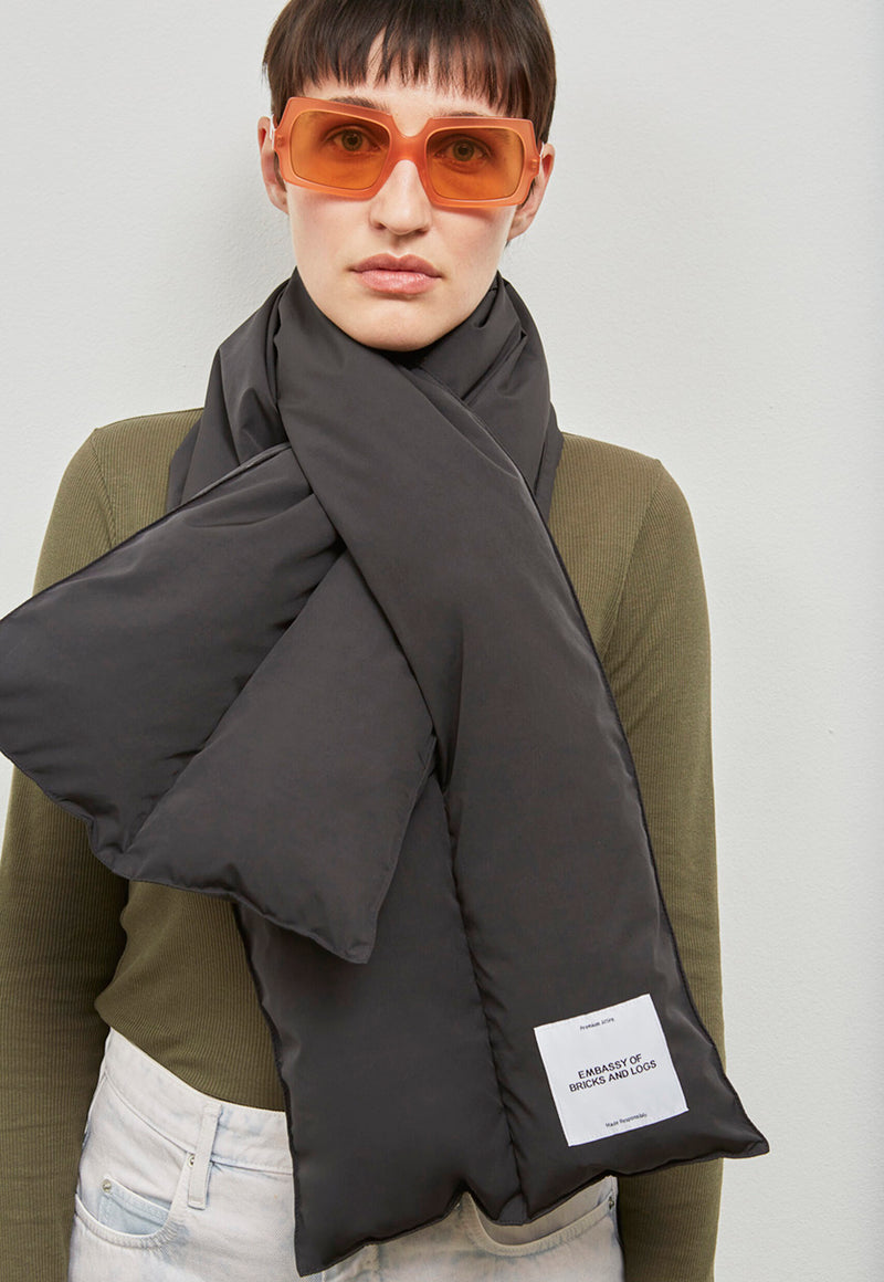 Hervey Scarf Black