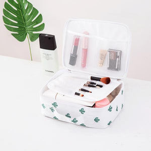 Cactus Print Waterproof Makeup Bag