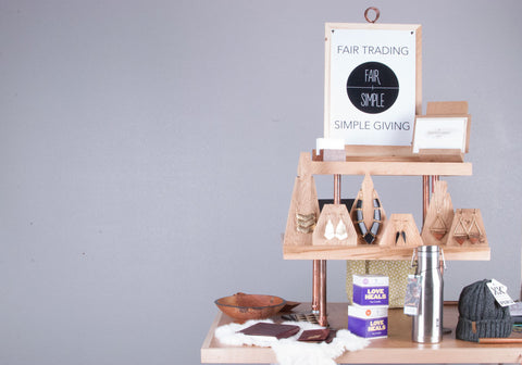 Pop up market display birch copper minimalistic