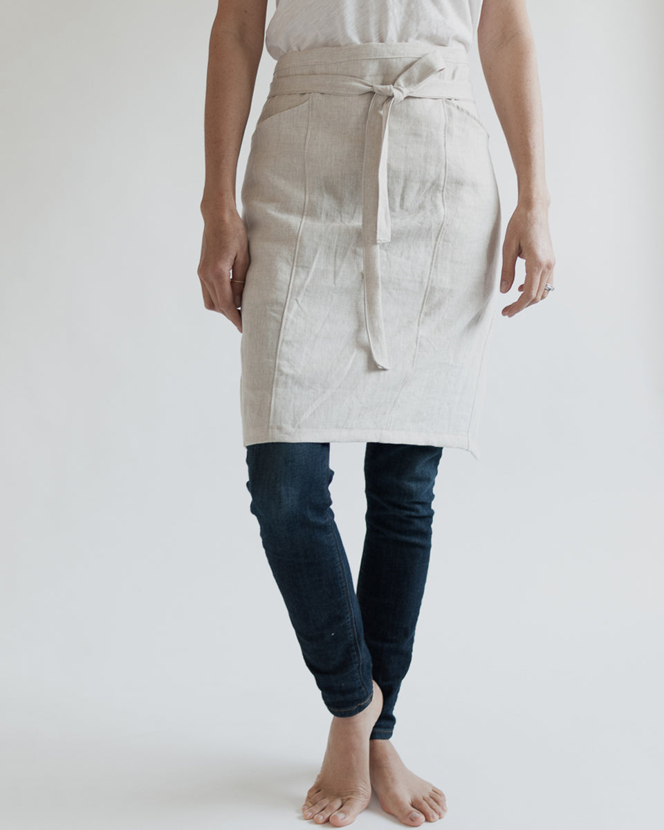 Linen Half Apron in Black and Beige