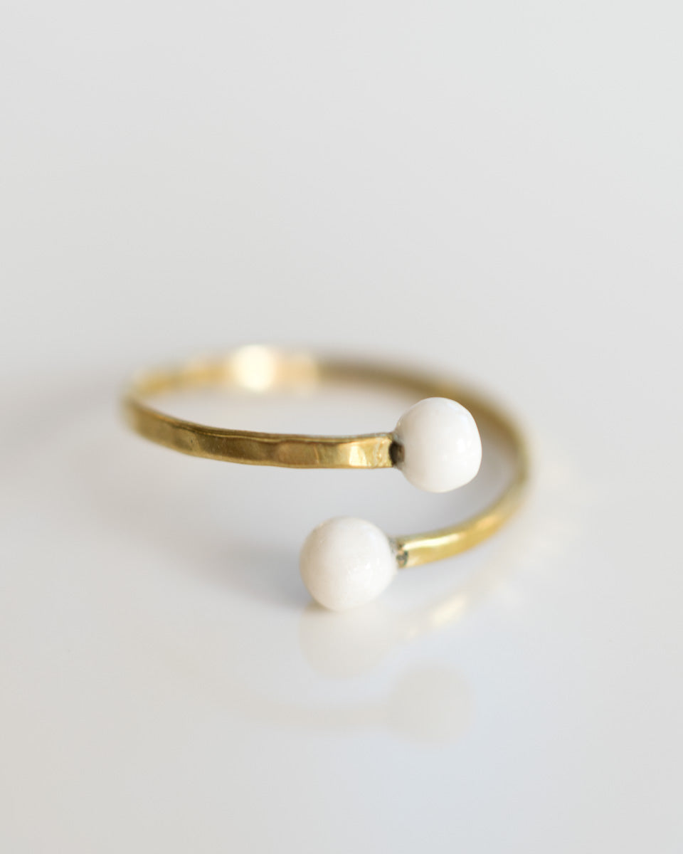 Double Sphere Wrapped Ring