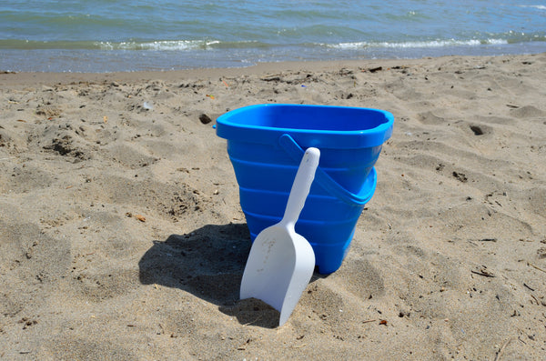 Packable Pails - Aquatic Aqua Blue Pail with White Shovel - Packable Pails, LLC  - 3