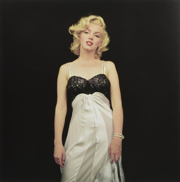 THE ESSENTIAL MARILYN MONROE. Milton H. Greene: 50 Sessions
