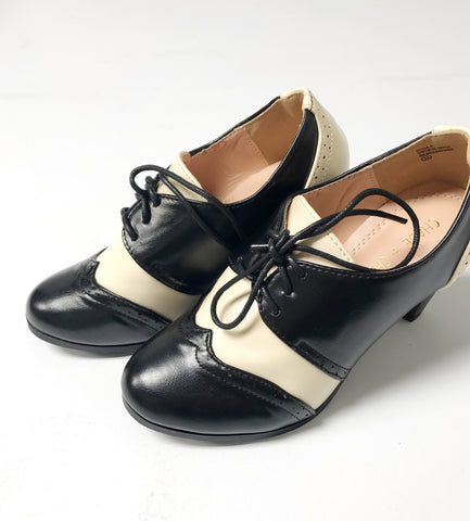 Shay Vintage Shoe - Black/Cream