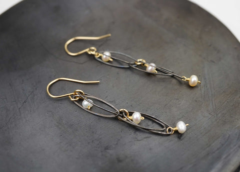Narrow Oval Pearl Earring