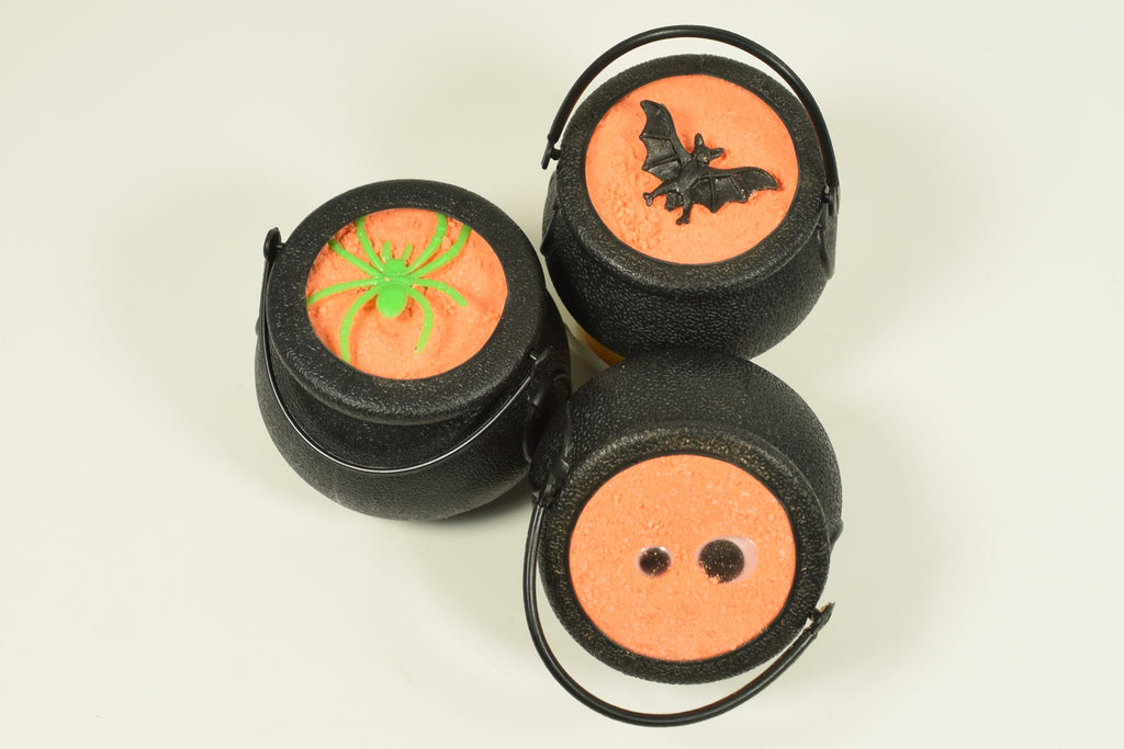 Cauldron Bath Bomb with Epsom Salts