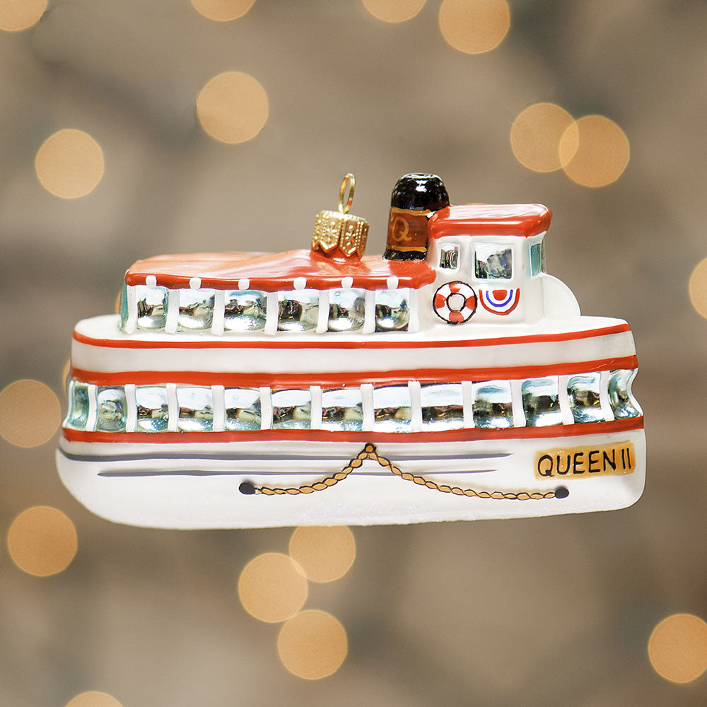 Queen II Ornament - 2004