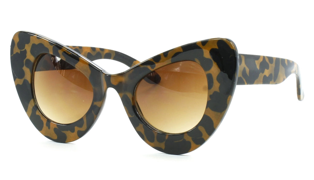 Oversized Pointy Cat Eye Retro Sunglasses