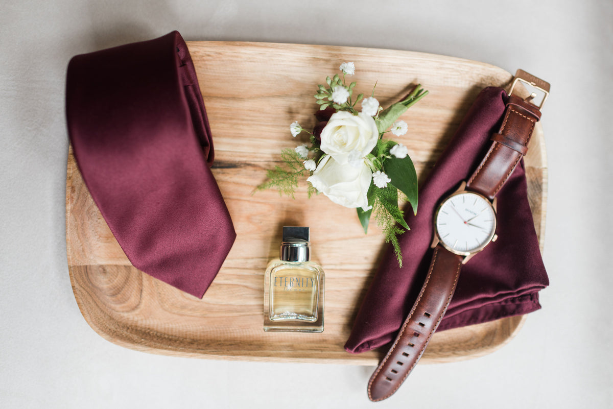 How to Select a Signature Scent for the Wedding Day