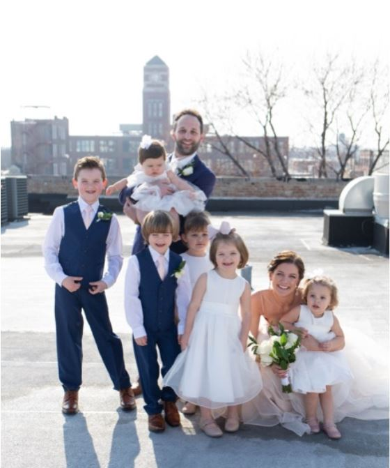 How to Select Flower Girl and Ring Bearer Looks?