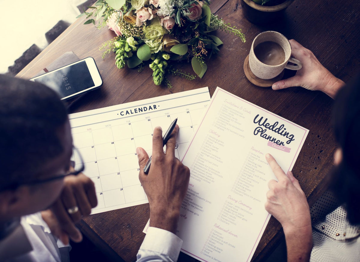 How To Handle Wedding Planning Stress