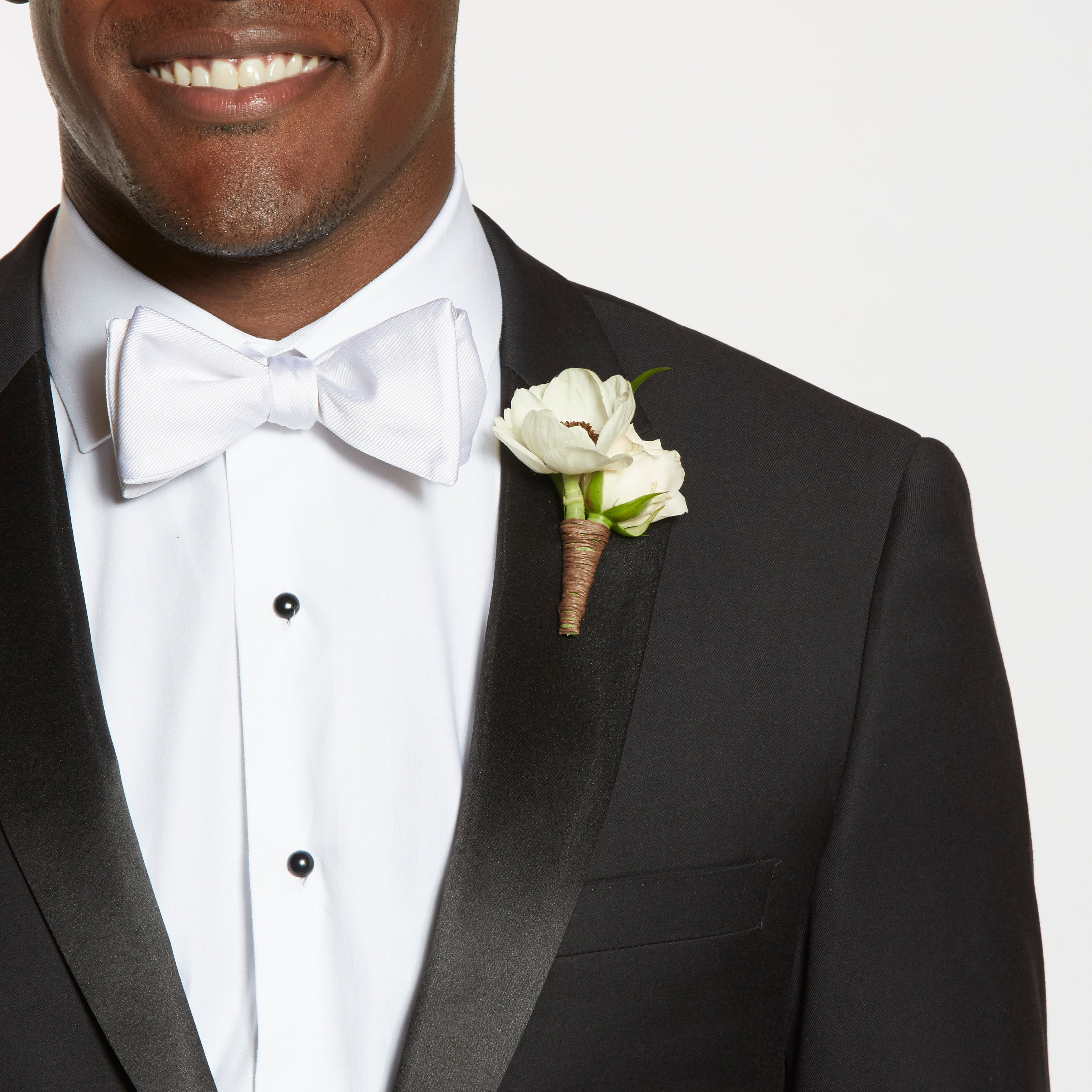 Boutonniere Ideas for Winter Weddings