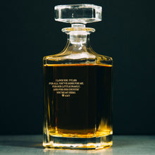 Load image into Gallery viewer, Personalized Whiskey Decanter