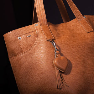 Just in Time for Christmas - The New Mora Tote Leather Bag