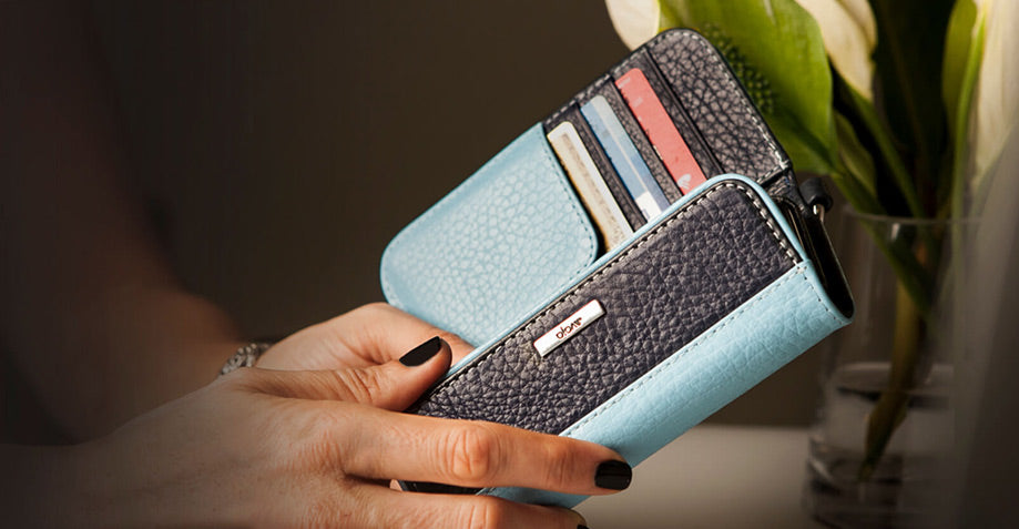 Design a Beautiful and Stylish Leather Case for That Special Woman in Your Life
