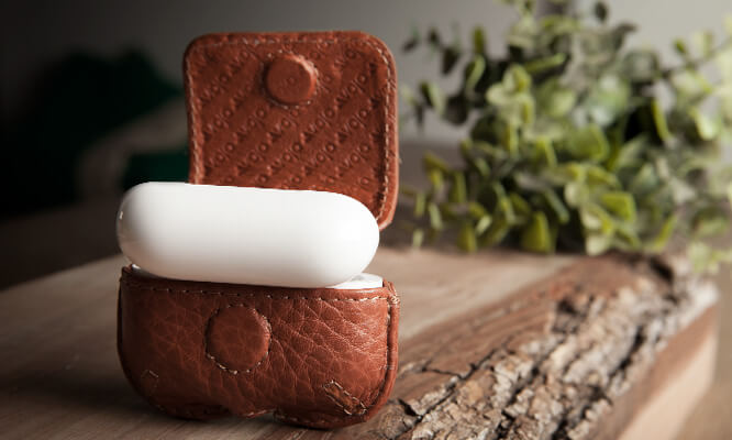 Classic AirPods Pro Leather Case