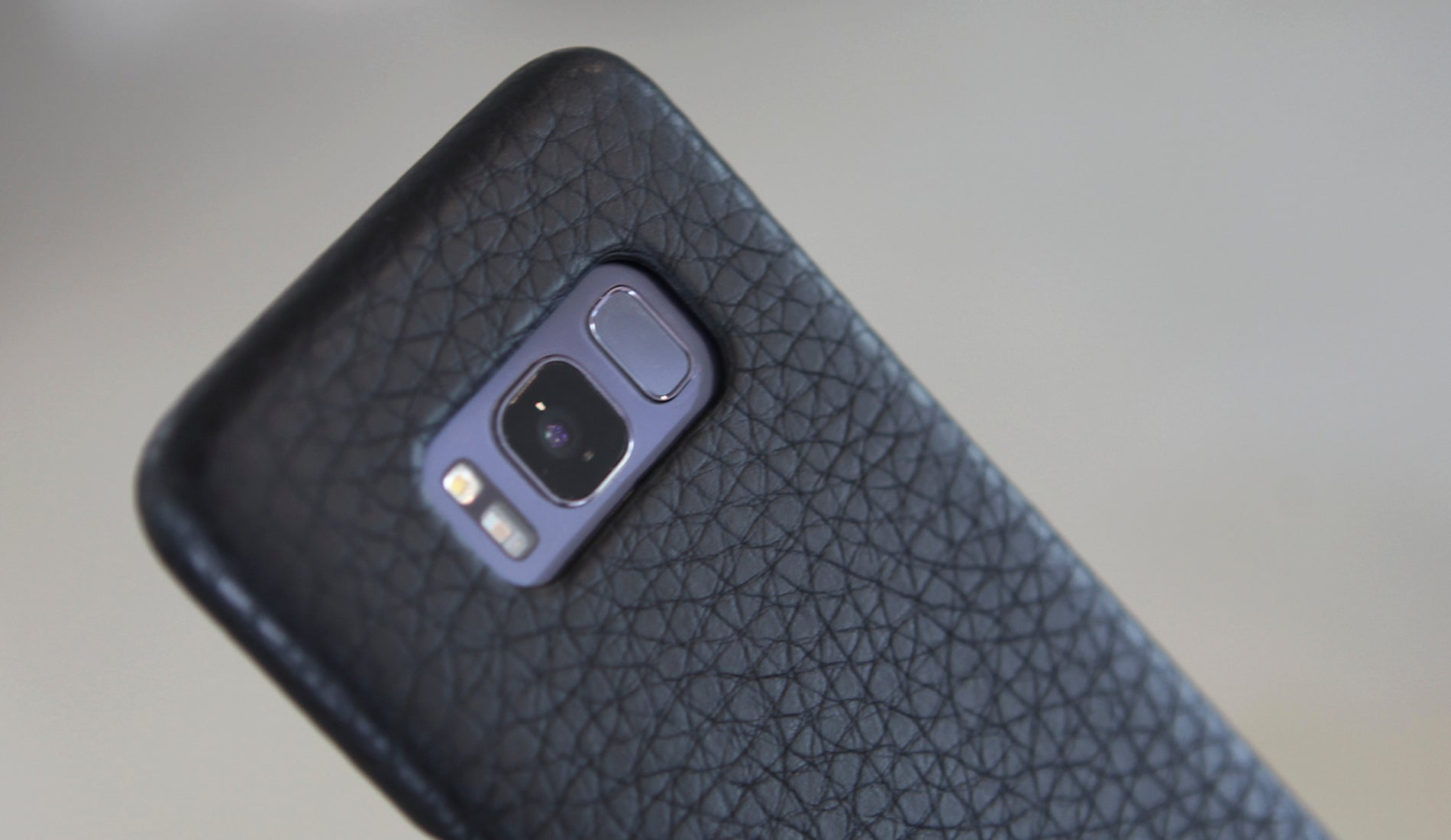 Samsung S8+ Grip Leather Case