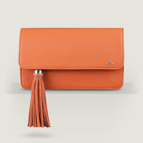 Alma Leather Clutch Let´s shop!