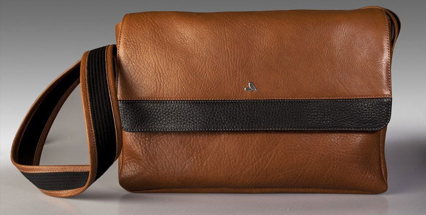 Messenger Leather Bag - Fits the Macbook 13 inch