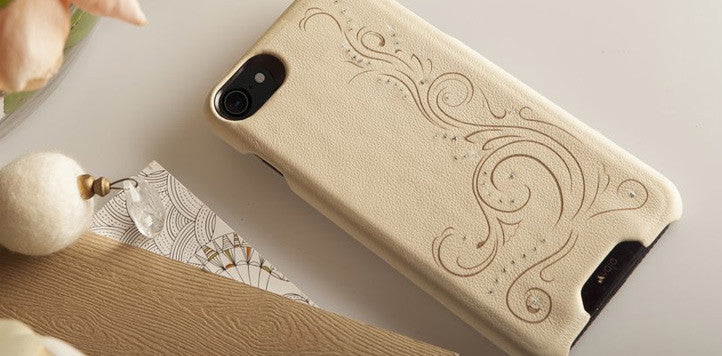 iPhone Leather Cases - The Grip Crystal