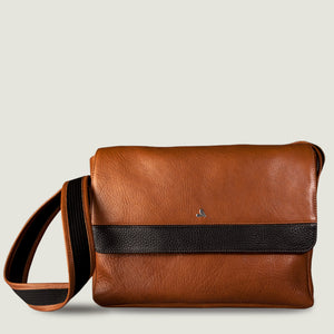 "Messenger Leather Bag for MacBook 15"" & 16"" - Vaja"
