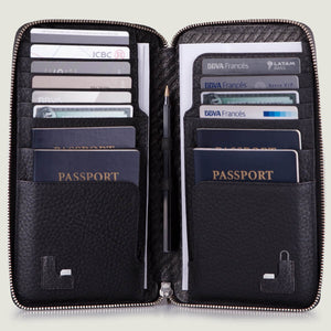 Bravo Leather Passport Holder - Vaja