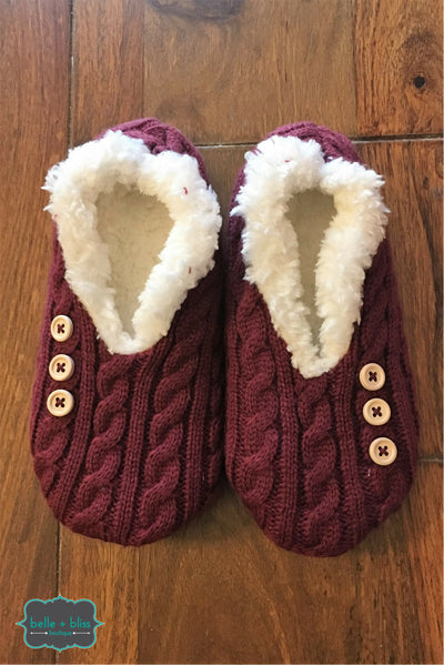 Cable Knit Button Slippers - Wine