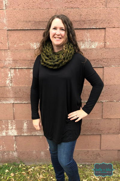 Chunky Knit Infinity Scarf - Olive