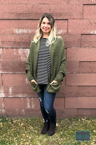 Oversized Knit Cardigan with Pockets - Winter Moss