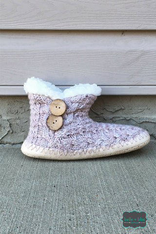 Knit Booties with Buttons - Mauve