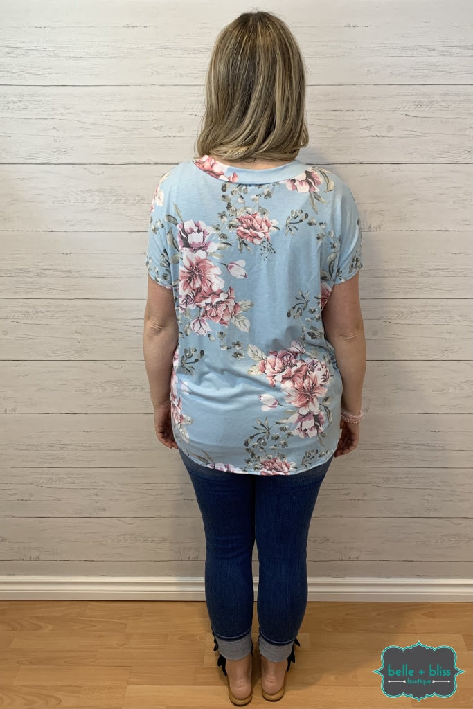 Short Sleeve Floral Dolman Top - Blue Tops & Sweaters