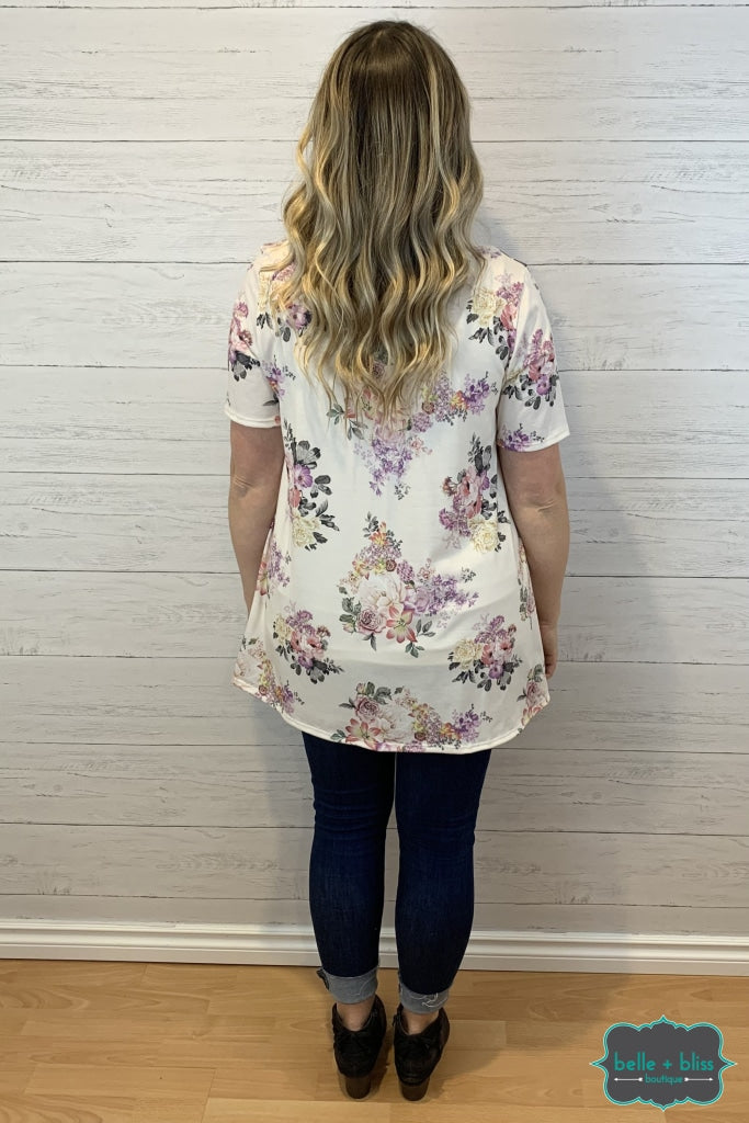 Short Sleeve Floral Tunic With Front Stitching Detail - Ivory Tops & Sweaters