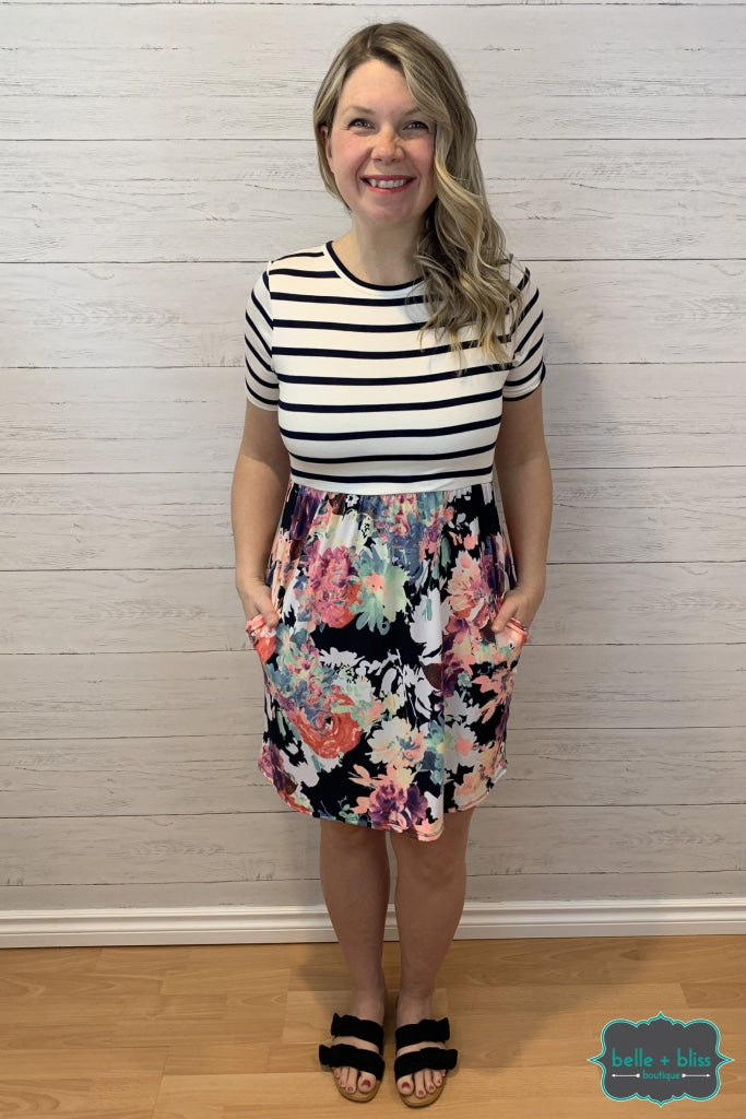 Short Sleeve Striped Floral Dress With Pockets - Navy Regular And Plus Dresses & Skirts