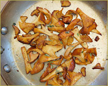 Wine Forest Wild Foods How To's Cooking Wild Mushrooms saute step 4 let teh mushrooms start to caramelize a tad
