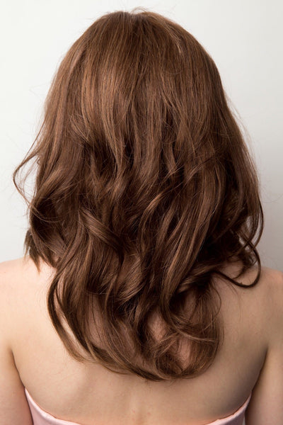 Amore Wigs : Charlotte Wavy (#8203) Back 2