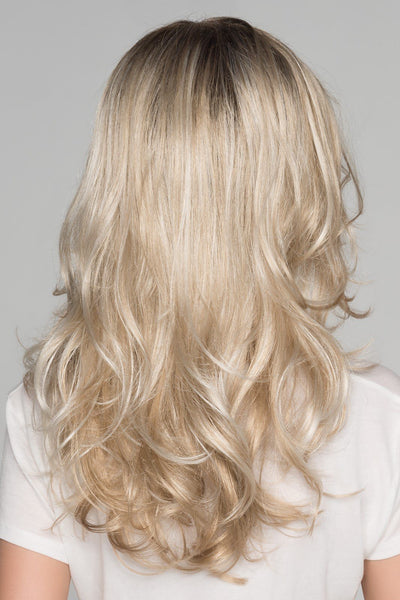 Ellen Wille Glow Champagne Rooted Back