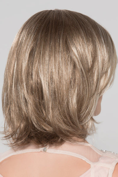 Ellen_Wille_Wigs_Lucky Hi_sandy_blonde_rooted_back1