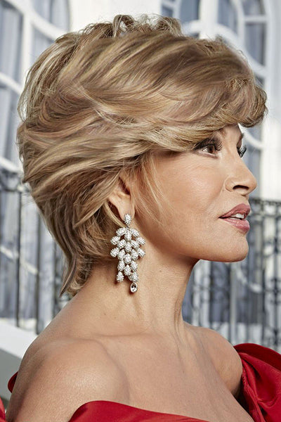 Raquel Welch Wigs - Hollywood & Divine side 1